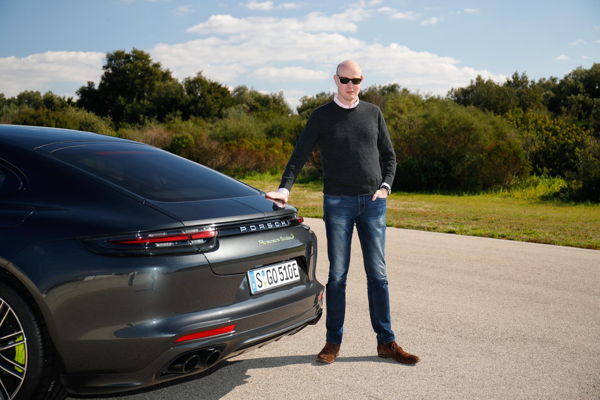 Jens Meiners am Porsche Panamera Turbo S E-Hybrid